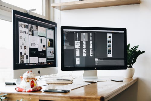 monitory na stol